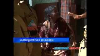 Police  evicted Seven families  from relief camp in Wayanad Nedumbala