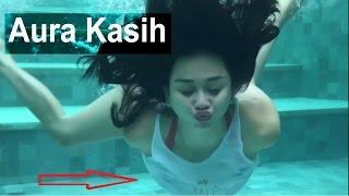Download Video AURA KASIH UNGGAH VIDEO BERENANG, NETIZEN MALAH FOKUS KE BAGIAN INI MP3 3GP MP4