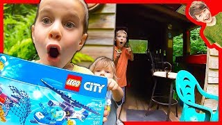 AXEL AND DADDY LEGO POLICE MYSTERY WITH BROOKS!