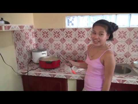 What Everybody Else Does When It Comes To Filipina Dating And What You Ought To Do Different