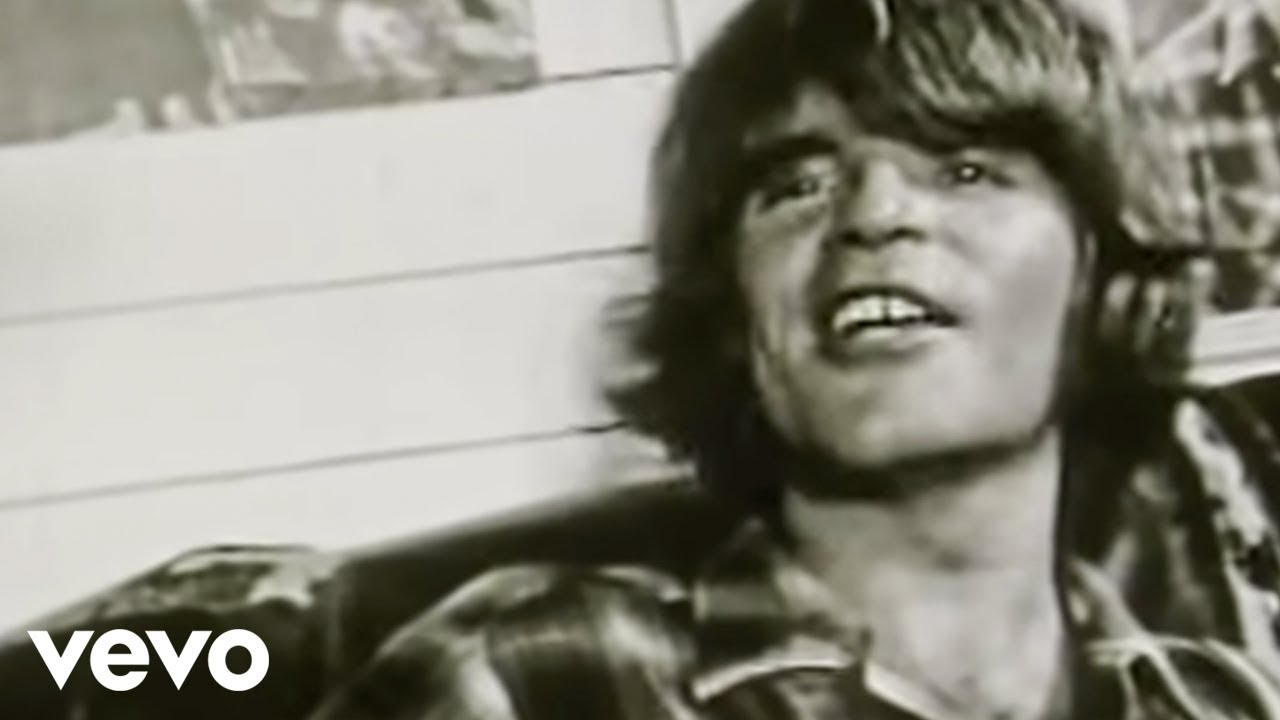 Creedence Clearwater Revival - Lookin\' Out My Back Door - YouTube