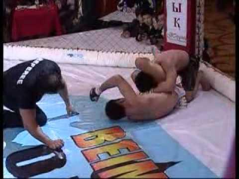 Estanov Yerjan (Kazakhstan) vs Dudaev Rakhman (Chechnya).3 round.18.03.2012y