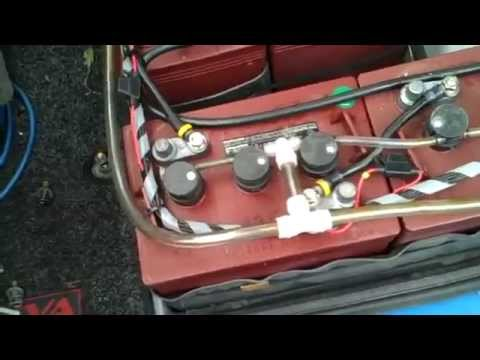 Getting Access To The Reva G-Wiz Battery
