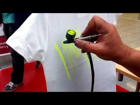 Skill Dewa Gambar Grafiti Di Baju Unik Dan Keren