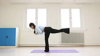 Vinyasa Flow Astavakrasana với âm nhạc - 30 phút Yoga trên cơ bản | Hà My Yoga