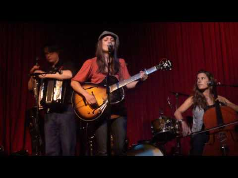 "AmbeR Rubarth ""Full Moon In Paris"" Hotel Cafe 7/8/10"