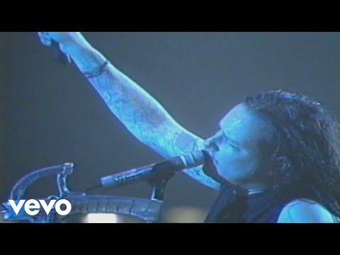 korn---another-brick-in-the-wall,-pt.-1,-2,-3-(from-2004-werchter-festival)