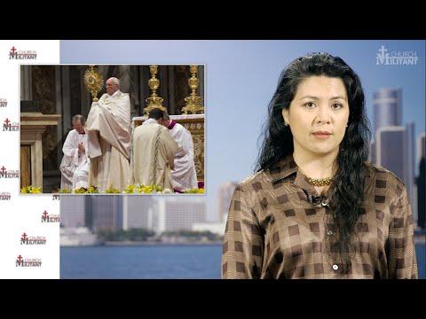Pope Francis Implores More Eucharistic Adoration