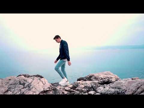 Treat You Better - AUF DEUTSCH  German Cover by Voyce  - Shawn Mendes