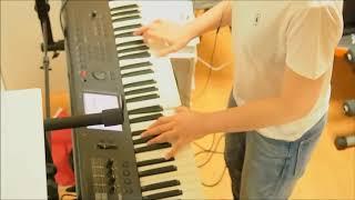 音色切り替え間に合ってないですが弾いてみました。パスピエの曲はギタ...