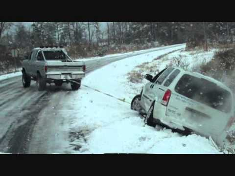 79 Ford F250 pulling van out of ditch in snow - YouTube