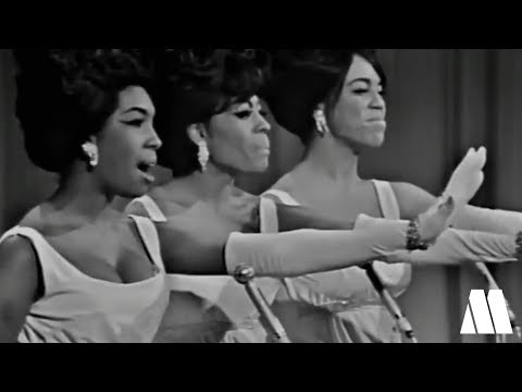 The Supremes - Stop! In The Name of Love [The Hollywood Palace - 1965]