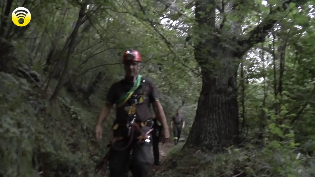 Bardineto. tratto in salvo nella notte lo speleologo Lorenzo Traversa: video #1