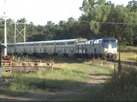 Amtrak #7 Comes Into Wisconsin Dells, CP 9781 WB at ...