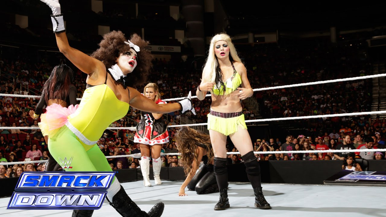 divas no. 1 contender halloween costume battle royal: smackdown, oct