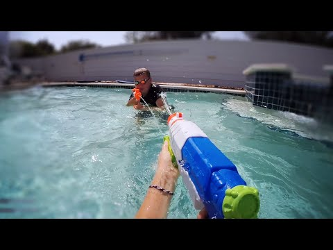 Thumbnail: Nerf Super Soaker War