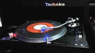 DJ Hum e o Expresso do Groove - Vem pro Baile