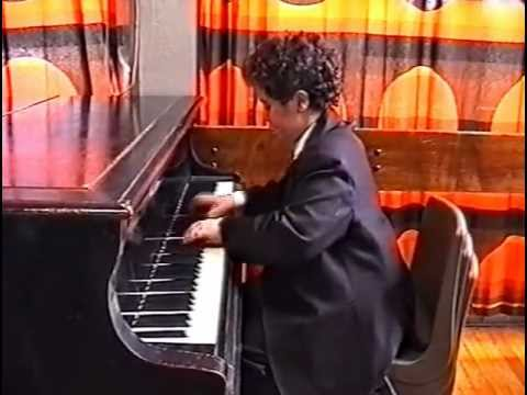 Piano Rondo Alla Turka:Mozart Child Prodigy 12yrs oldVideo #1.avi