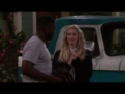 """Download The Neighborhood 2x16 Sneak Peek Clip 2 """"Welcome to the Commercial"""""""