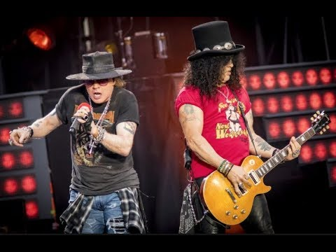 "Guns N' Roses: Axl Rose ""Apologizes"" To Slash On Stage (Not in This Lifetime Reunion Tour) 2019"
