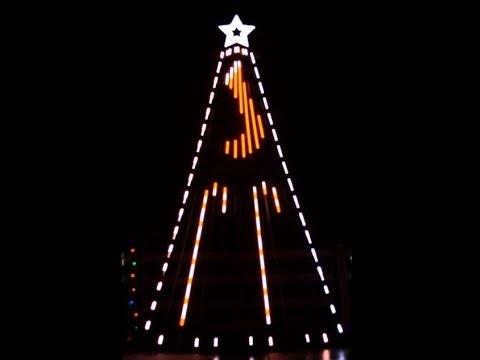 Musical Christmas light show to Siberian Sleigh Ride for 12 CCR Tree