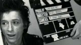 Johnny Thunders - Alone in a Crowd