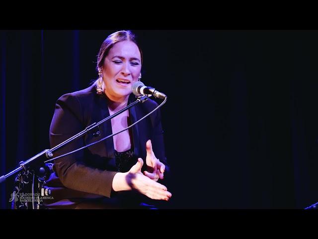 Alicia Morales (cante) y Paco Vidal (guitarra) - Soleá