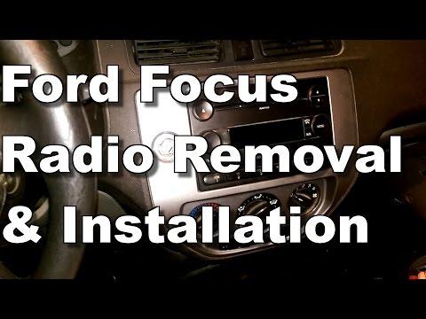 2005 Ford Focus Radio Removal & Installation