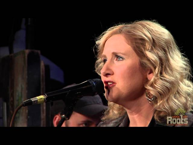 "Amy Black ""Nobody Knows You"""