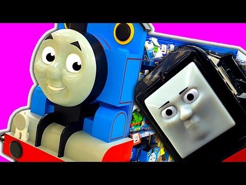 Thomas The Tank Toys 'R' Us Toy Hunting New Thomas & Friends Trains
