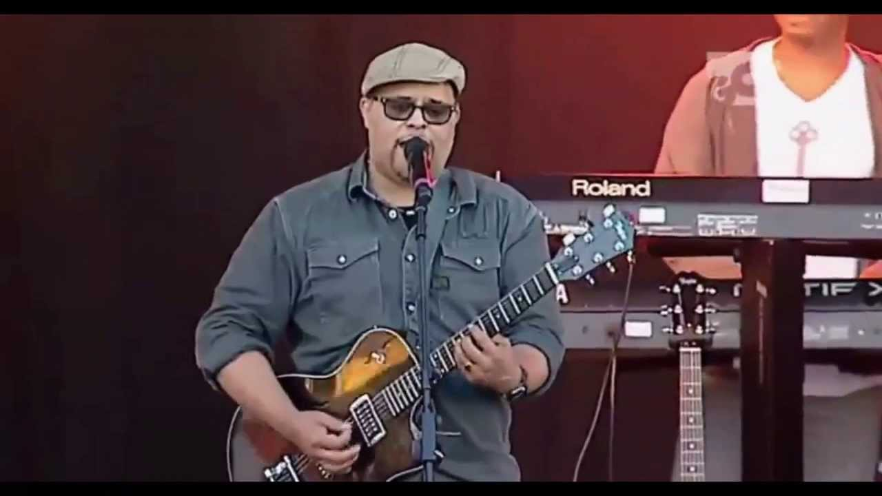 Big Church Day Out 2013 Israel Houghton