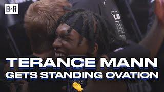 Terance Mann Gets Standing Ovation vs. Jazz