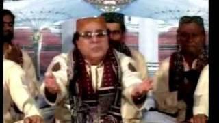 """Meri Aarzoo Muhammad Meri justaju Madina: """"Aziz Pyare"""""""