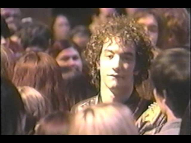 the-strokes-trying-your-luck-mtv-2-bill-2002-the-strokes