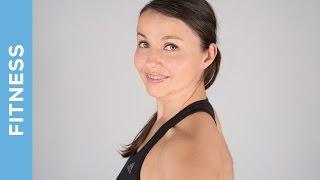 Nacken und Schultern entspannen - Übungen gegen Verspannungen - Fit mit Anna - HD