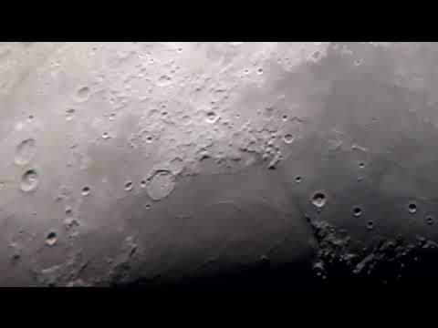 Pruebas con la Luna, telescopio y celular