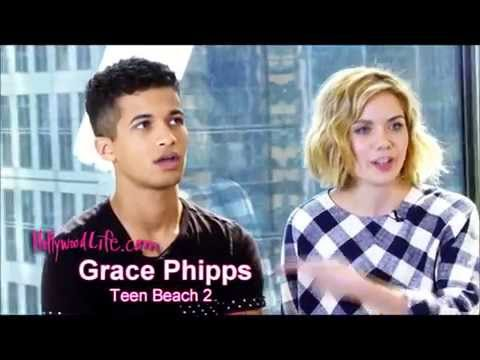 Grace Phipps Funny Moments