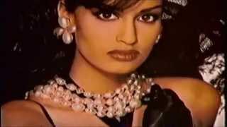 Yasmeen Ghauri  2 , Gianfranco Ferre  94 ,Modern mini dress