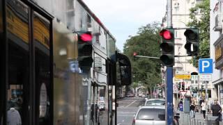 Die Bus-Ampeln in Wiesbaden präsentiert von ESWE Verkehr