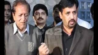 MQM Delegation Meets Actor Habib Allama Iqbal Town Pkg.flv