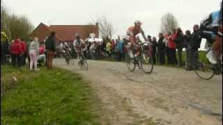 Video Paris Roubaix 2012 Carrefour de l Arbre Chavanel Pozzato Hincapie download MP3, 3GP, MP4, WEBM, AVI, FLV Desember 2017