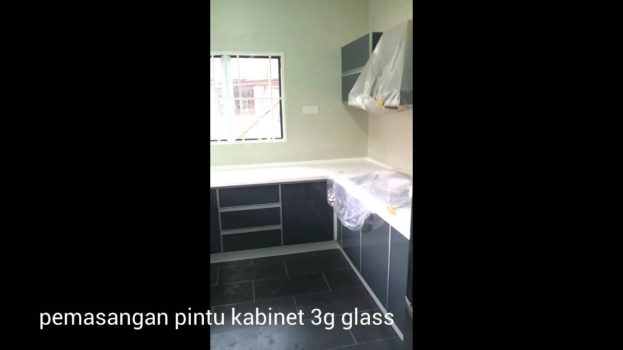 Pemasangan Kabinet Dapur Top Solid Surface