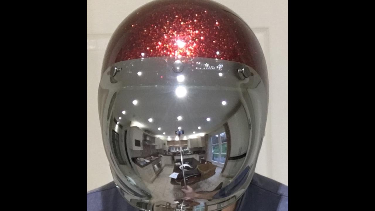 5673da31 Bell V Biltwell Chrome Bubble Visor - YouTube