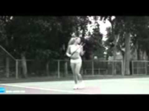 hot girl khoa than choi tenis