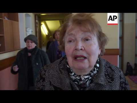 Funeral for acclaimed Russian poet Yevtushenko