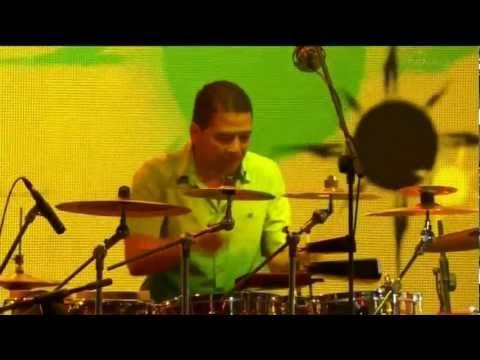 Richard Bona (Mandekan Cubano) Solidarity of Arts 2012