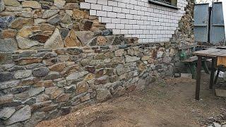 видео Облицовка фундамента камнем: инструменты, подготовка, отделка