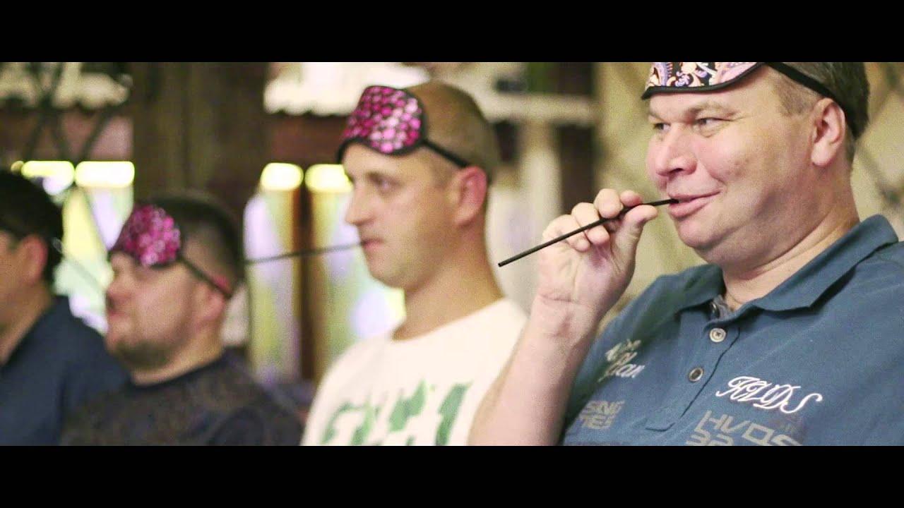 Oktoberfest beer hall - YouTube