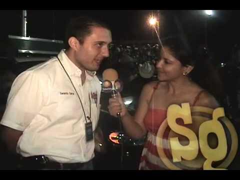 Entrevistas en Viva La Radio Solo Grupero-San Luis Potosi.mov