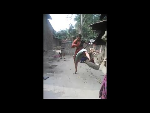 Verry Funny Women v/s Women Fight In Village ! A2z Stores
